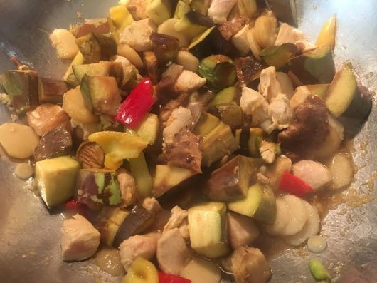 stir frying before sauce added